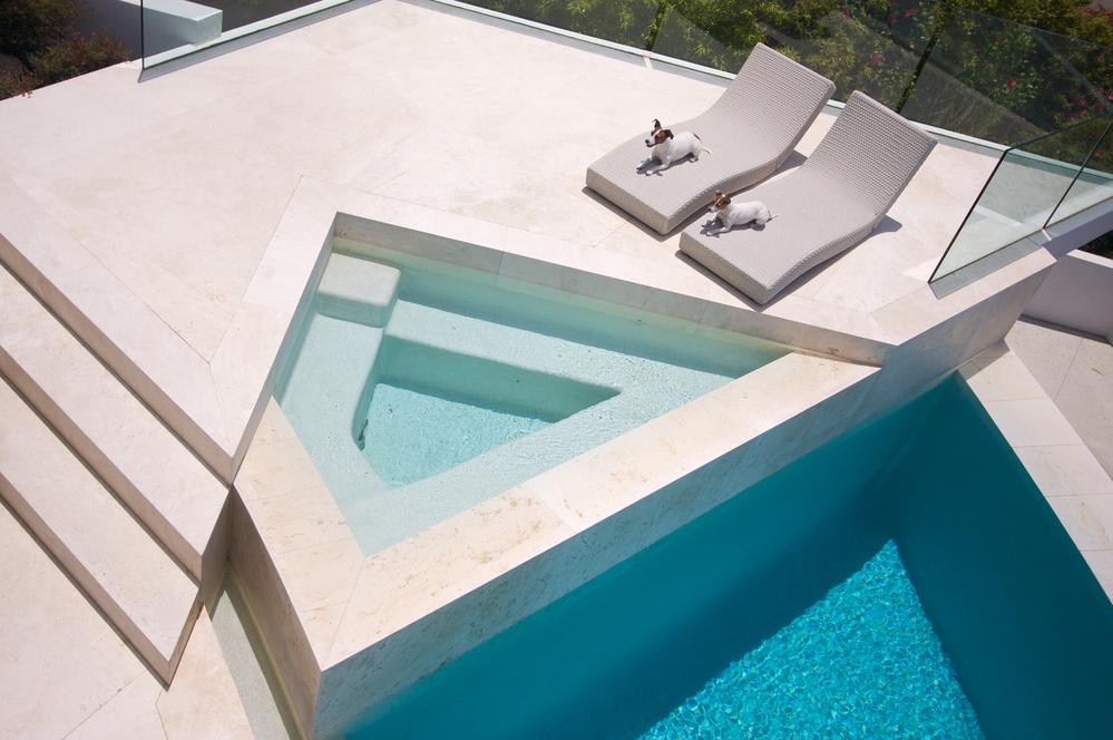 tanning ledges custom pools