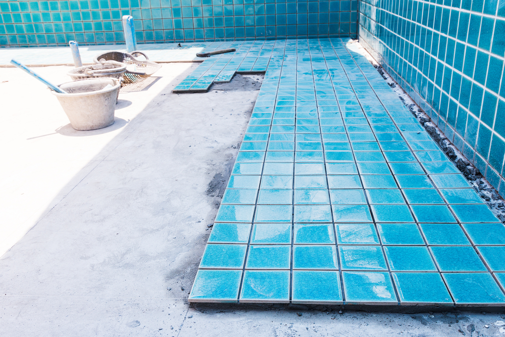 risks swimming pool construction