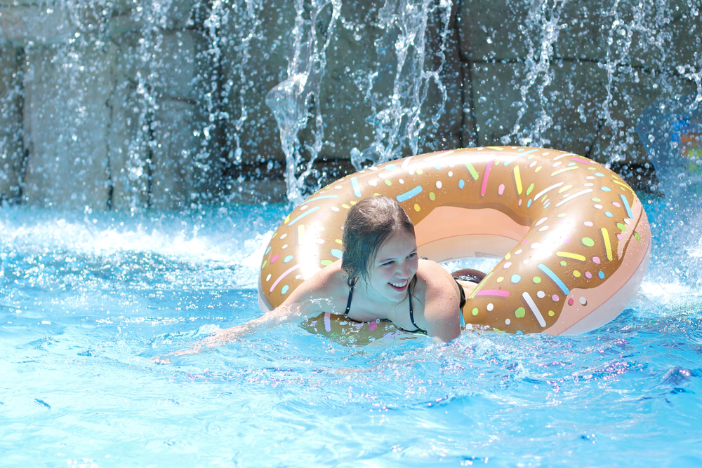 swimming pool waterfall pros cons